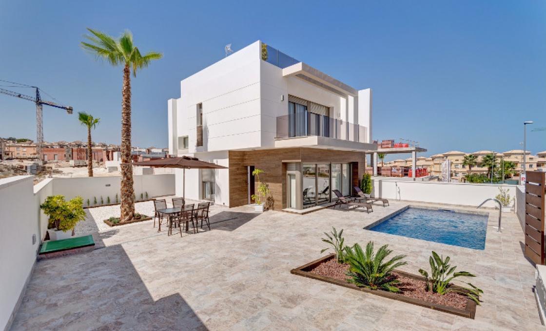 3 Chambres, Villa, Bien Neuf, calle bidasoa, 3 Salles de bain, Listing ID 1545, orihuela costa, Espagne, 03189,
